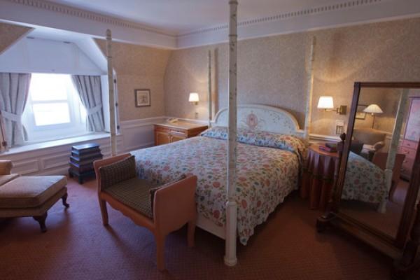 Camere Disneyland Hotel : Disneyland hotel paris